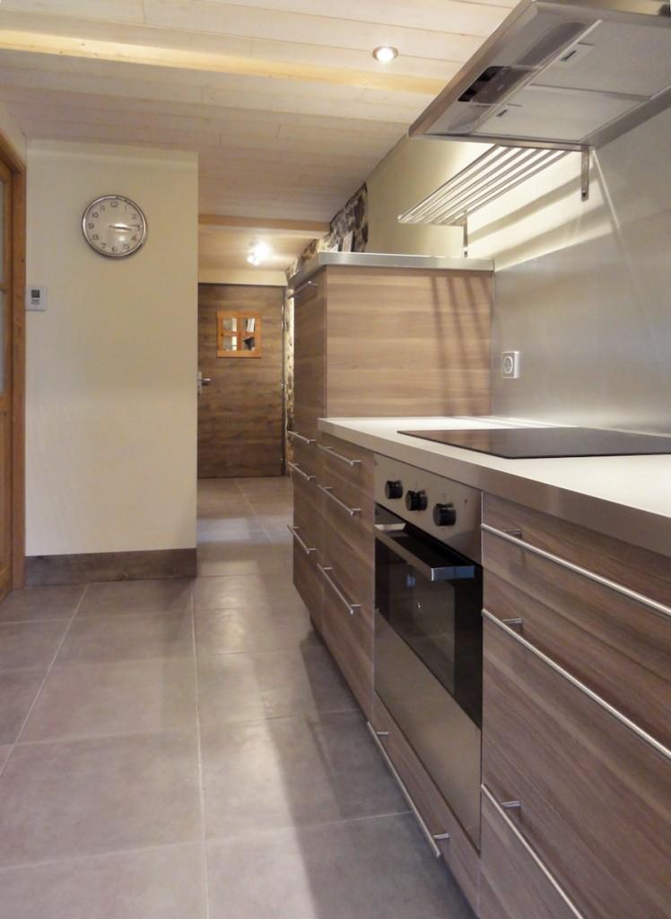Cuisine ikea bois et moderne cosy neve design for Imitation meuble design