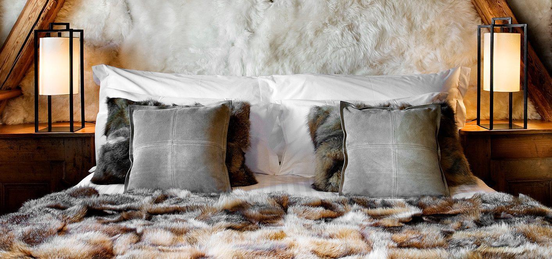 les chalets des fermes de marie cosy neve design. Black Bedroom Furniture Sets. Home Design Ideas