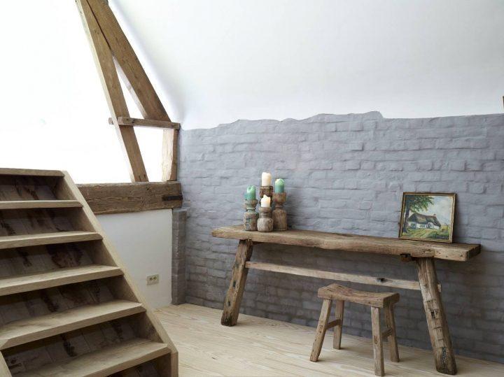 desk in wood