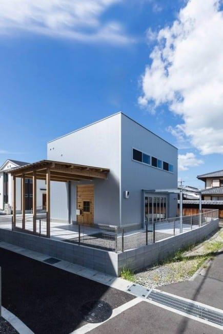 maison cube japon